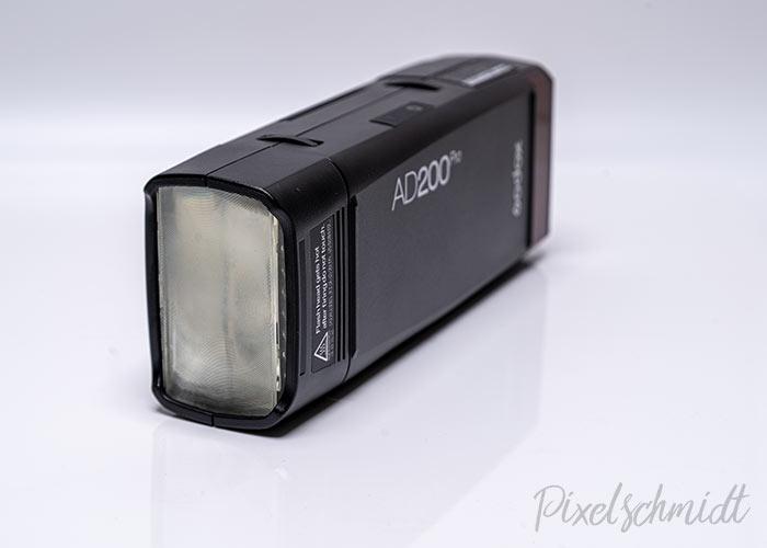 Godox AD200Pro mit Standard-Blitzkopf